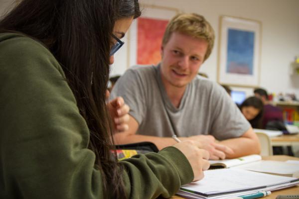 Jugendliche mit StudyBuddy